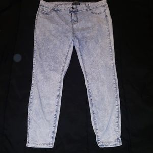 Forever 21 jean Size 18